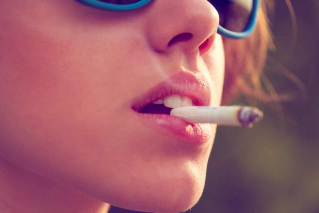 il fumo rovina la pelle