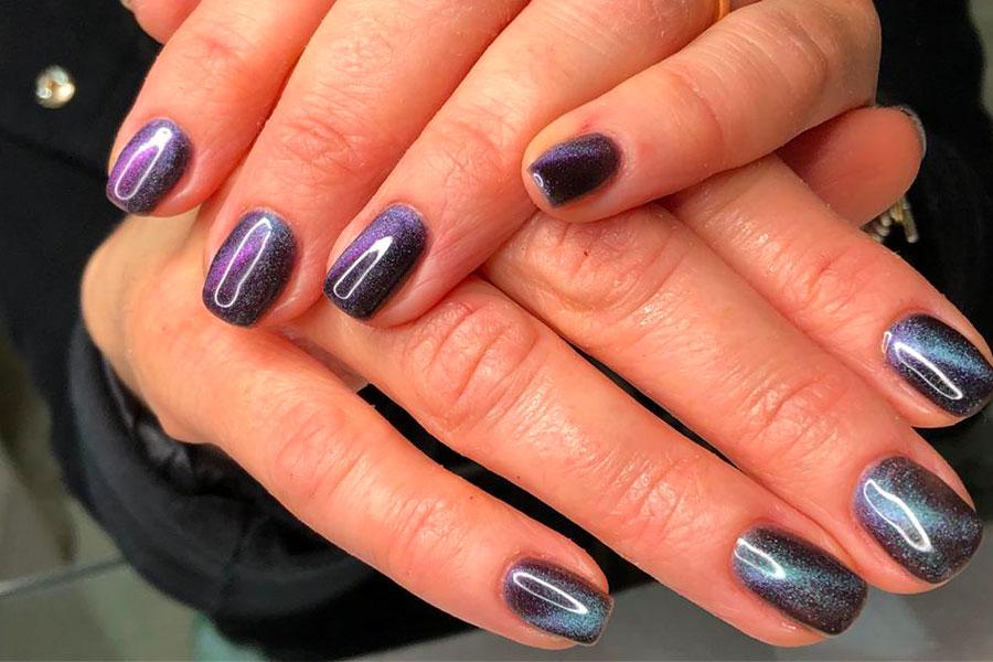 Cat Eye Manicure Nails